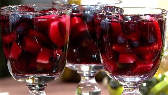 Super Bowl sips! Make red, white sangria to celebrate Patriots, Seahawks
