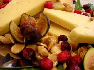 Paleo Thanksgiving: Fruit and Nut Tray