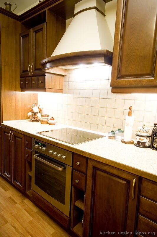 walnut color kitchen cabinets kitchen of the day classic walnut colored kitchens 28152