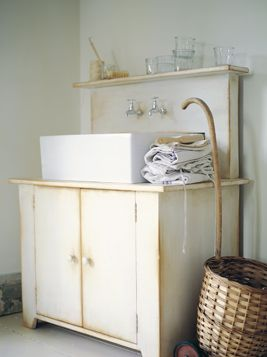Large Laundry Trough : ... LAUNDRY COUNTRY on Pinterest Paper mulberry, Laundry and Laundry
