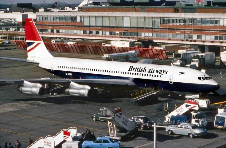 British Airways Boeing 707-136B