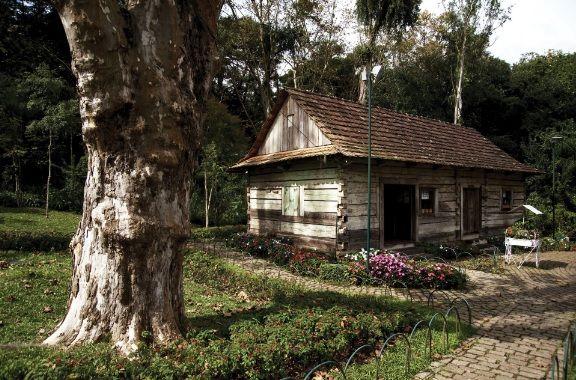 Memorial da Imigração Polonesa – Museu da Imigração Polonesa – Bosque Papa João Paulo II, 2010. Curitiba (PR).