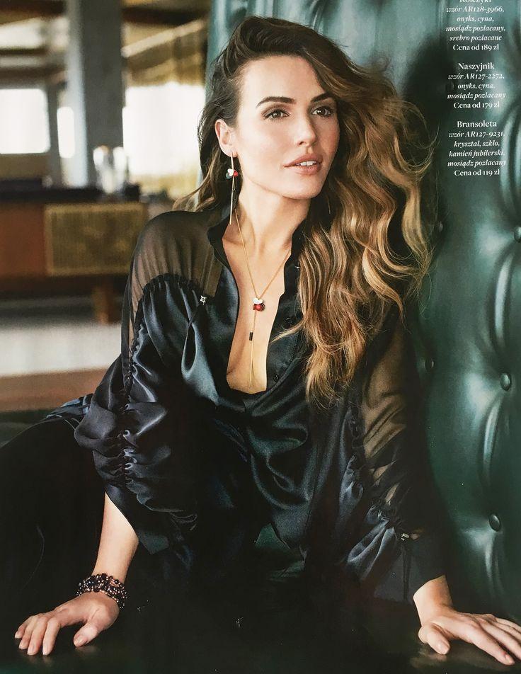 MARTA ŻMUDA - TRZEBIATOWSKA #shopping #fashion #style #star #blackshirt #brunette #girl