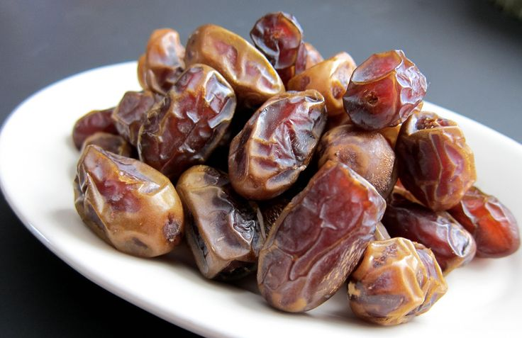 The massive health benefits of dates have made them one of the best ingredients for muscle development among many other things.