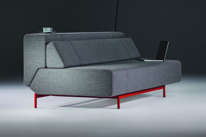 modern sofa via: homeuncle.blogspot.com