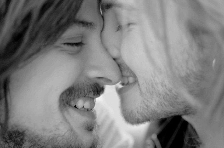 Fotógrafa retrata casal gay a fim de desmitificar promiscuidade   Catraca Livre