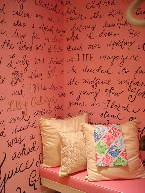 In the right space, an accent wall with lyrics or a book excerpt or Scripture would be beautiful.
