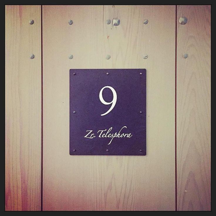 Vanacht slaap ik in de kamer van Zuster Telesphora.... #hotel #voorovernachting