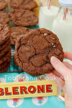 Toblerone Cookies!! Seriously Chocolatey & Almondy Toblerone Cookies that will be a hit with EVERYONE.