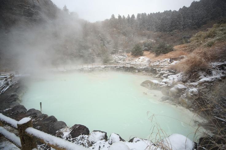 雲仙温泉(小地獄) Unzen jigoku hot spring