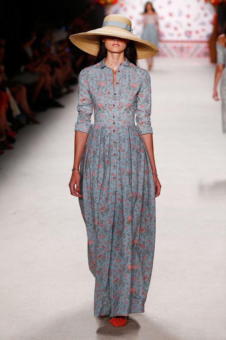 ss-2016_fashion-week-berlin_de_lena-hoschek_56190