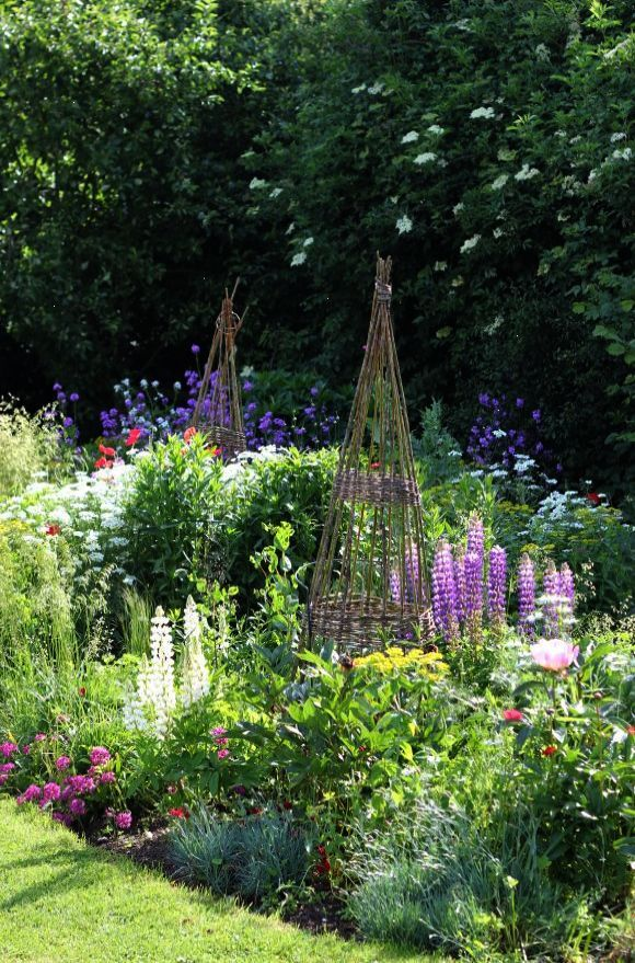 Check It Out Traditional Garden Design Melbourne Facebook Cottage Garden Design Cottage Garden Garden Inspiration