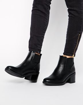 Enlarge New Look Elmo Black Block Heel Chelsea Boots