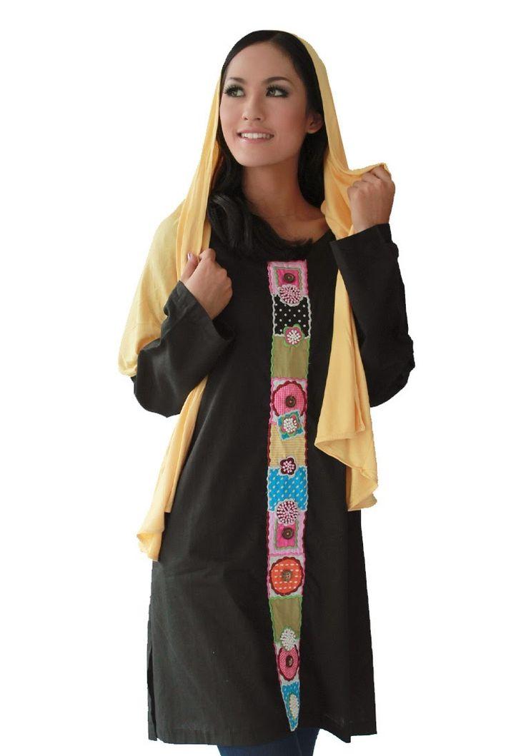 BLOUSE dan MANSET TANIA baju tunik dari AIMEERA INNERS dengan bahan katun paris dengan aplikasi bordir yang terdapat kancing-kancing yang etnik, bisa dipadupadankan dengan pasmina maupun jilbab bergo :)  HARGA : Rp.150.000  DETAIL ORDER :  SMS / WHATSAPP : 081323565991 BBM 294E3A31  www.aimeera.com