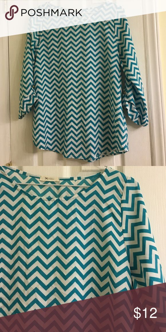 Chevron blouse Like new Everly Tops Blouses