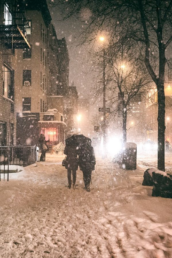 Under an umbrella - Janus Snowstorm, New York City | by Vivienne Gucwa | wolverxne | Tumblt