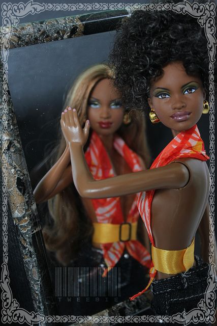 """""""Mirror, mirror on the wall, who is the fairest """"Mbili"""" of them all? 
