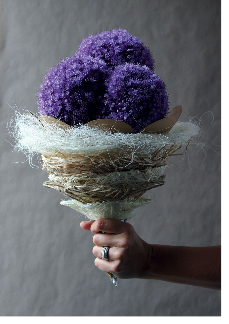 Bouquet holders at Broekhof #Bouqueholder #broekhof #flowers #florist