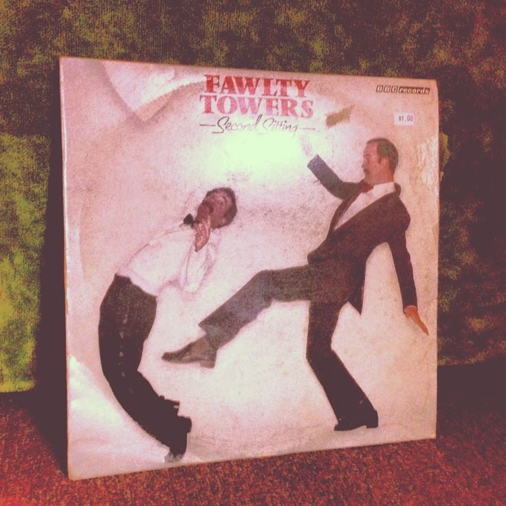 Found this ridiculously good vinyl skit from the second season of Faulty Towers for only $1!!  Thank you to the lady who decided to downsize her belongings, for now I have upsized some awesome records. :D