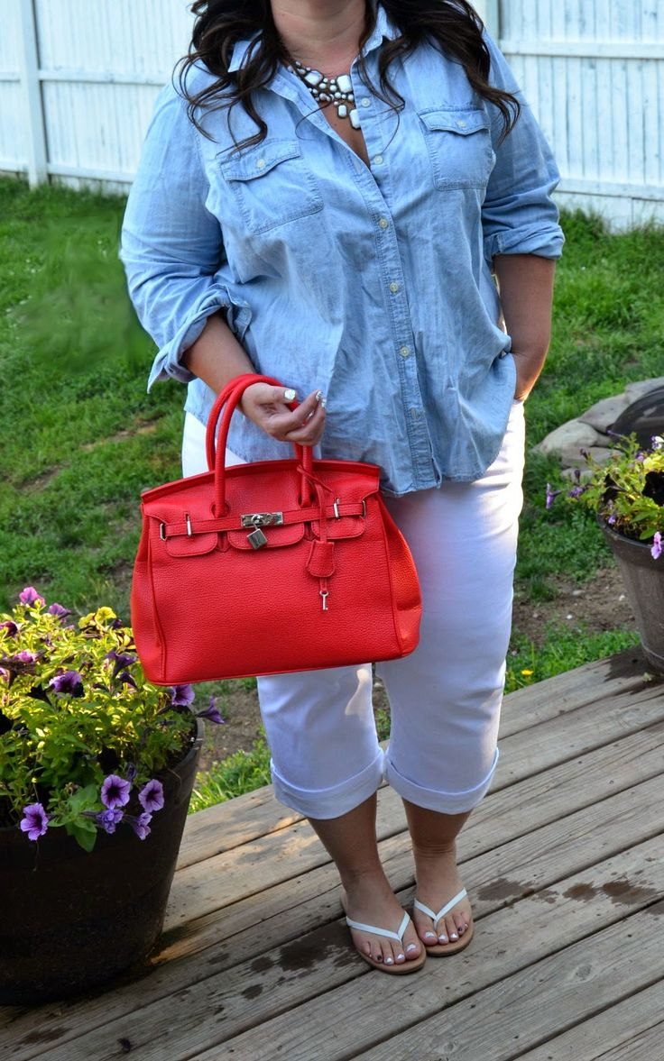 Full Figured Fashionable: love her blog, love the casual but not frumpy outfit