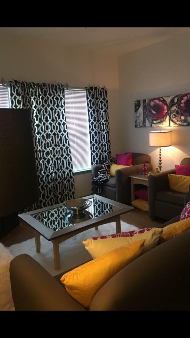 Texas State San Marcos Hall -Living Room
