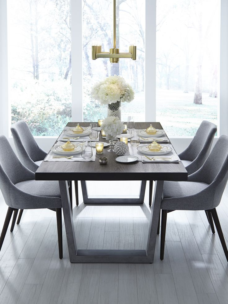 Explore SFERRA's entire collection of fine table linens by category here. Shop napkins, placemats, tablecloths, and table runners in timeless designs and styles.