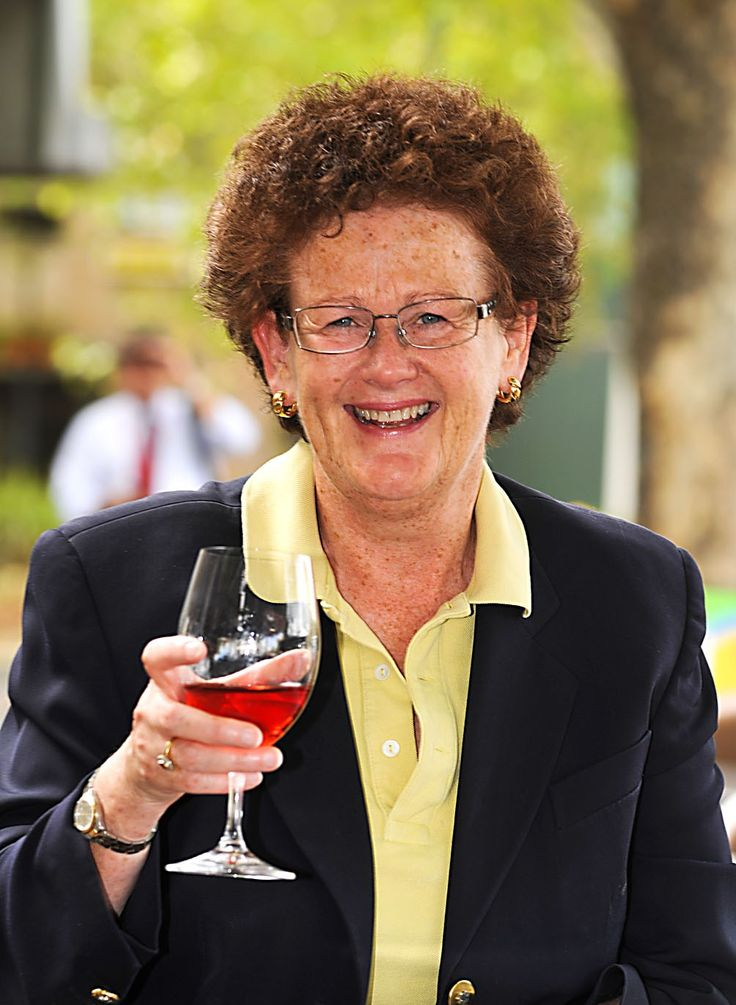 Meet Anne Caine of Lerida Estate in the Canberra Region Wine District. She's an ex high flying lawyer who's now chasing the perfect Pinot Noir http://fabulousladieswinesociety.com/2013/12/anne-caine-lerida-estate/