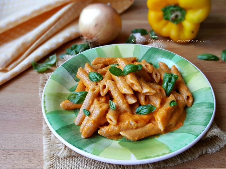 Pasta+con+crema+di+peperoni