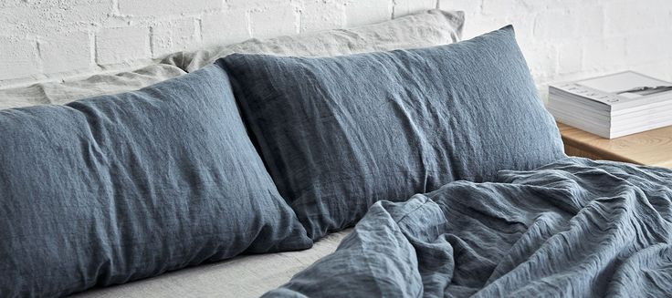 Mr. Draper is a boutique Australian business that crafts fine linen bedding and napery. Our products are thoughtfully designed and carefully hand made locally.