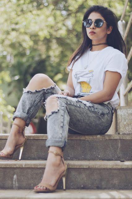 boyfriend jeans, street style, stilettos,choker