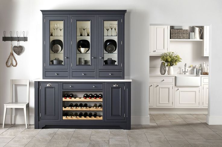 Burbidge Salcombe chalk & charcoal painted doors #charcoalkitchen #kitchendesign