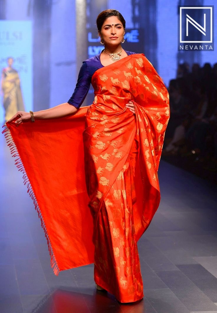 Animal and bird printed red #saree with tassels weaved at the border from #TulsiSilks