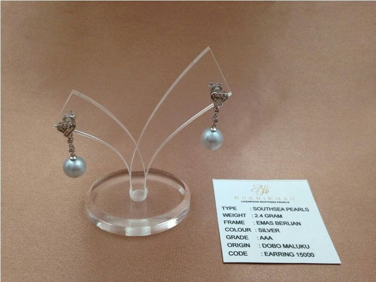 Earrings. We are selling the best Southsea, akoya, tahitian and Freshwater pearls with certificate of authenticity and affordable price. Pearlsolstore.com/r/almyruzni