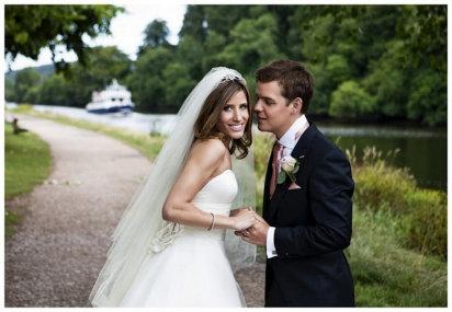 Condenados por criticar al fotografo de su boda