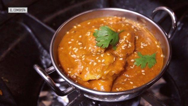 Es tan famoso como el tiramisú o el guacamole, ¿pero sabemos preparar bien el gran clásico de la cocina india? El chef Iván Surinder nos enseña el camino para alcanzar el nirvana currito.