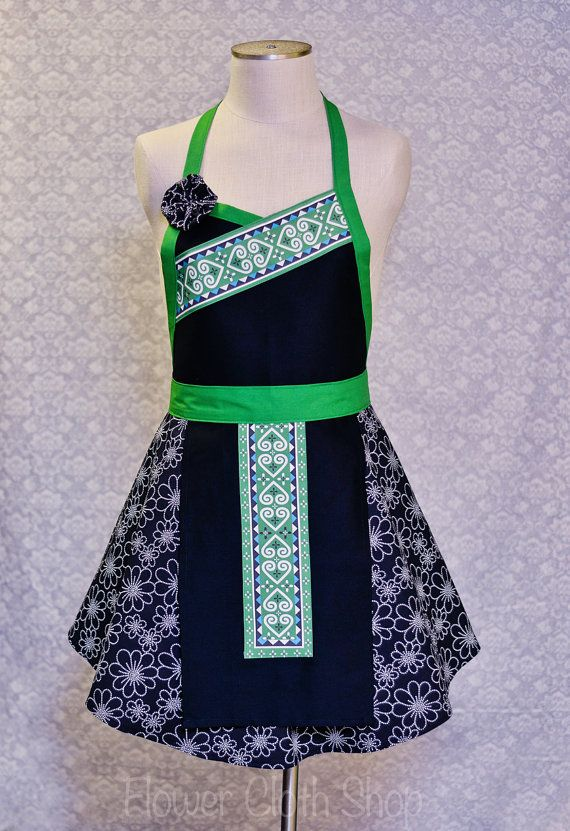 Heart Apron Green White with Floral Bottom / Hmong Inspired
