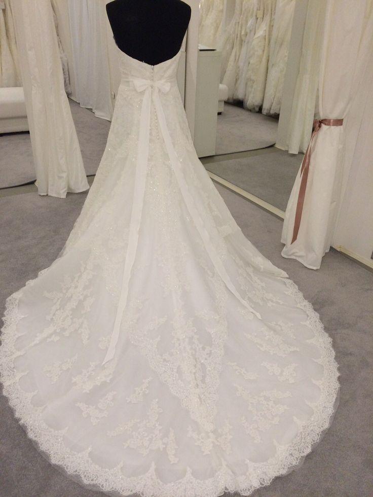 Basma esküvői ruha by 2015 Pronovias http://lamariee.hu/eskuvoi-ruha/pronovias-2015/basma