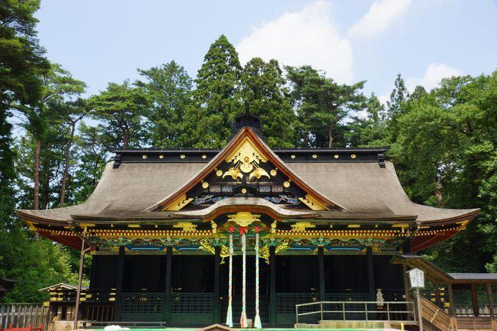 大自然に囲まれた、国宝の大崎八幡宮御社殿です!
