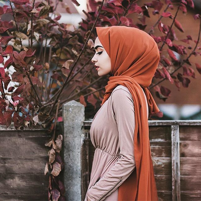 Love this burnt orange colour for the fall  Hijab from @veronacollection