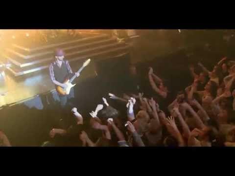 Dizzy Mizz Lizzy - 11:07 pm live 2010 - YouTube