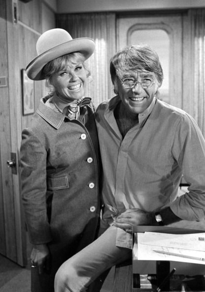 Doris Day Oops | THE DORIS DAY SHOW featuring Doris Day and Perter Lawford, in his ...