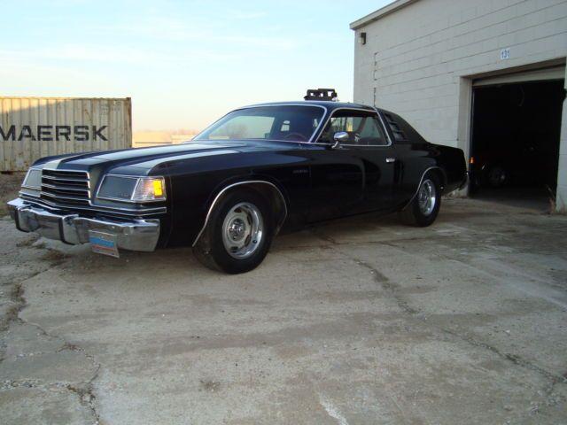 1978 Dodge Magnum XE Coupe 2-Door 5.9L for sale: photos, technical specifications, description