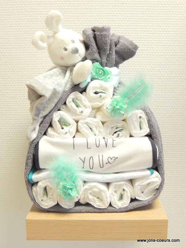 Gâteau de couches cadeau naissance Jolis coeurs