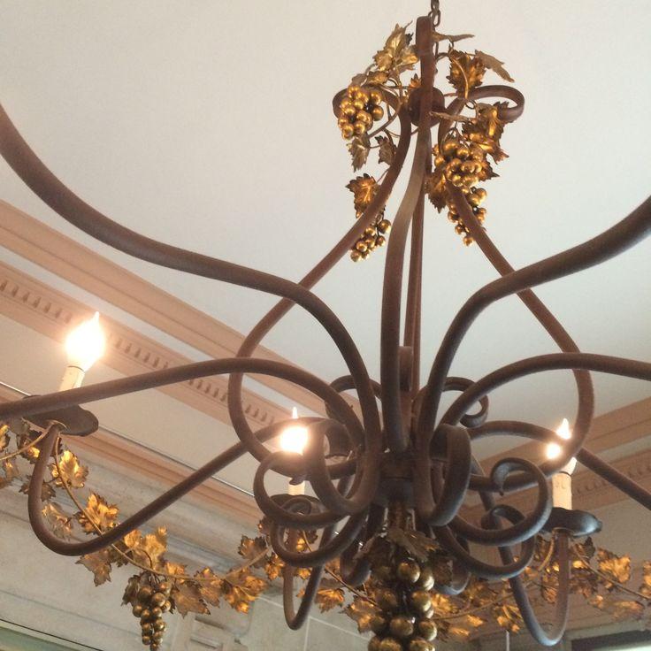 pingl par www i sur luminaires traditionnels pinterest grappe de raisin fer. Black Bedroom Furniture Sets. Home Design Ideas
