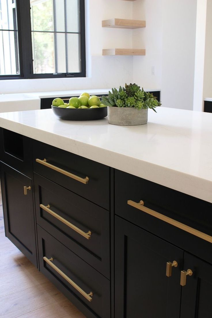 Gold Long Handles For Kitchen Cabinetry Kitchen Inspirations Kitchen Kitchen Interior