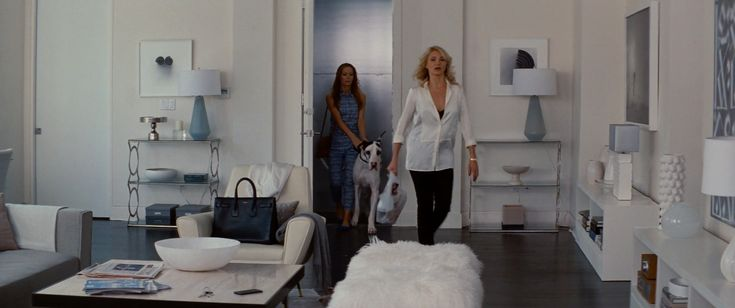 The Other Woman - Apartment (movies)