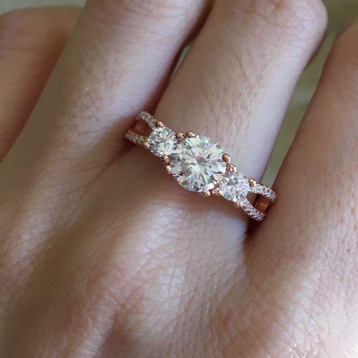 The 3 stone Anniversary Ring looks phenomenal !
