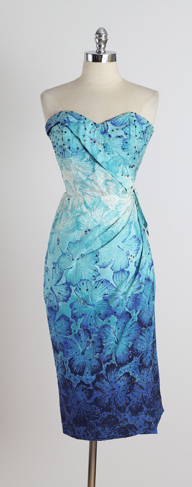 Vintage 1950s Ombre Blue Hawaiian Floral Cotton Sarong Dress