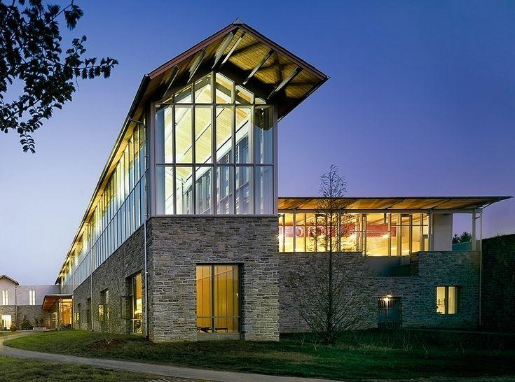 Douglas B. Gardner Athletic Center, Haverford College / Bohlin Cywinski Jackson
