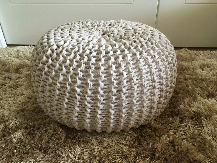 Crochet pouf